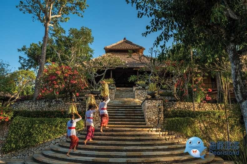 巴厘岛金巴兰湾四季度假酒店